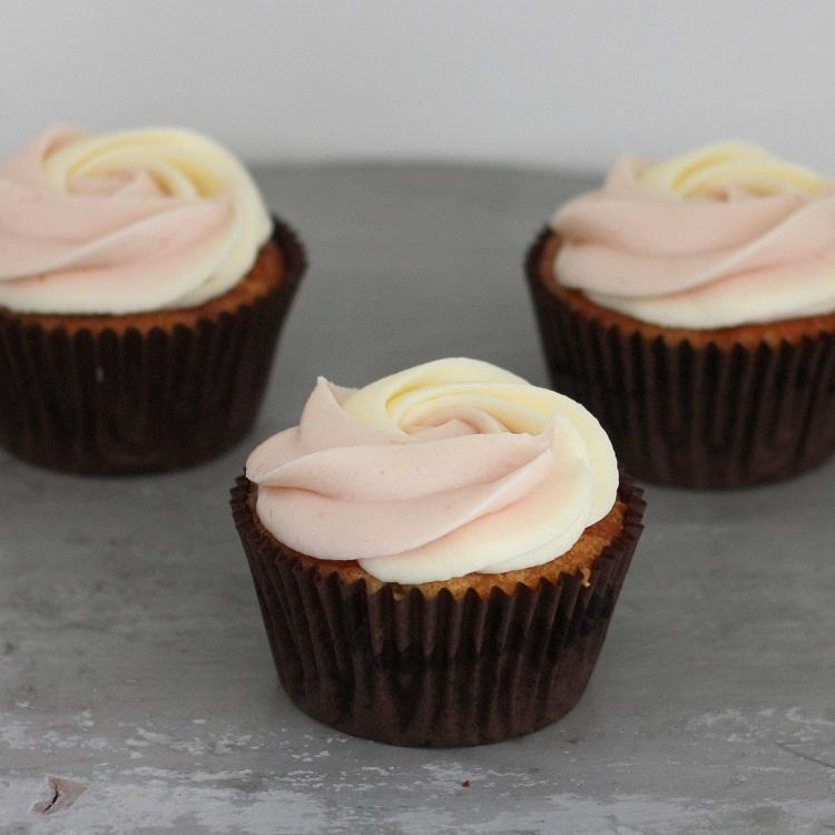 Cupcakerij Cupcake Witte Chocolade - Framboos